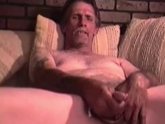 mature-man-snow-jerks-off