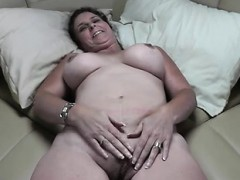 mature-quickie-about-the-vessel
