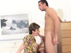 adulterous-british-milf-lady-sonia-presents-her-big-jugs