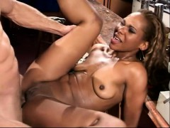 ebony-cutie-spreads-her-legs-for-a-big-stick-and-a-rough-anal-drilling
