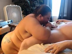 fat-wife-adores-fisting