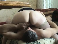 mature-69-hands-within-the-butt