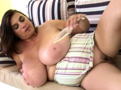 sexy-mature-mom-with-monster-tits-nelda-from-onmilfcom