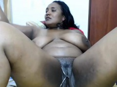 Curvaceous Chocolate Lady Fucks Her Cunt With A Big Dildo A