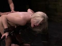 fetishnetwork-jenna-ivory-sybian-bondage