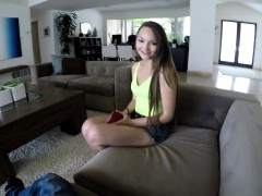escort-newbie-sabrina-rey-is-paying-me-a-visit-to-give-my
