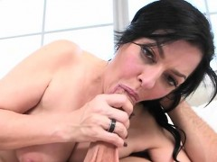 mature-hottie-natalie-lovenz-gets-fucked-and-a-facial