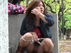 panties asian pee street