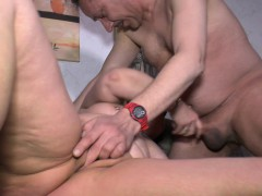 hausfrauficken – chubby german granny gets banged hardcore