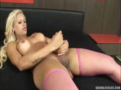 beautiful-shemale-jerking-off