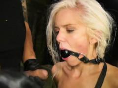 fetishnetwork-halle-von-spanked-flogged
