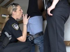 cops-suck-off-black-suspect-in-moving-van
