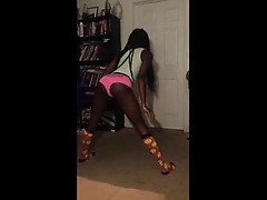 Teen Girl Twerking Attractive