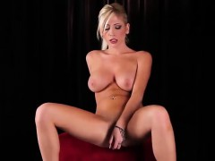 Stunning babe enjoys pleasuring her orgasmic pussy