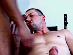 interracial-beefy-hung-studs-enjoying-cock