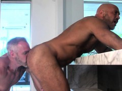 built-mature-bears-spunk