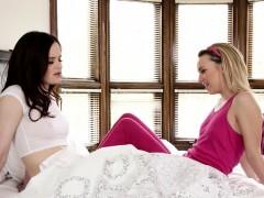tiny lesbian gets massage