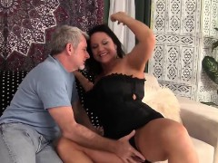 hot-granny-gets-her-pussy-penetrated