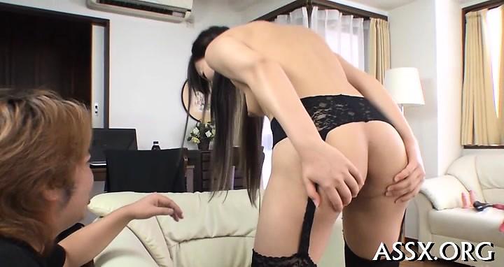 Upskirtのかわいい東洋人は口内射精によって魅了している-3258087-ポルノ屋