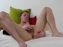 twink-andrew-foot-fetish-jerk-off