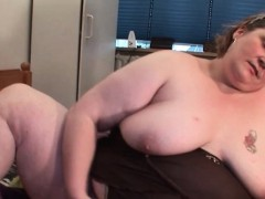 Bitchy Mature Giving Bj And Fisting Herself