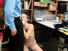 crook-zoe-parker-sucking-cock-and-drilled