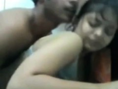 pakistan-sister-get-fucked-by-her-brother-on-cam