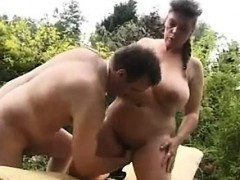 Big Babe Outddor Fist Louann From 1fuckdatecom