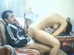 arab-amateur-threesome-with-milf-nadia