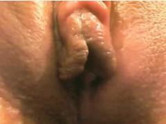 woman-warm-wet-vagina-masturbation-on-cam-close-up