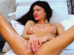Beautiful Hot Babe Fucks Her Pussy