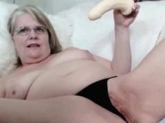 nasty-granny-show