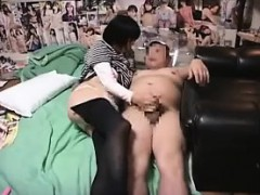 adorable-japanese-maid-pleases-her-horny-boss-with-her-lips