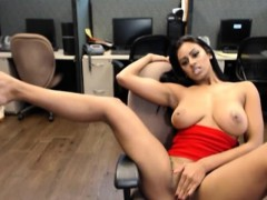 hot-indian-girl-webcam-by-oopscams