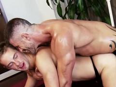 muscle-gay-foot-fetish-and-facial
