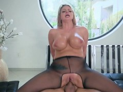 Blonde Slut Brooklyn Chase Gets Fucked And Facialized