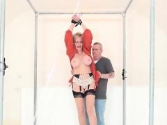 Adulterous british mature gill ellis displays her big boobs