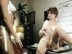 Vint Office Lesbians Lick Pussy By Oopscams