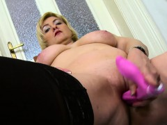 oldnanny-horny-blonde-mature-evi-solo-pussy-toying