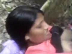 sri-lankan-women-fuck-in-the-jungle