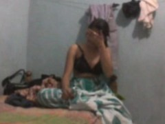 Ghar Me Akeli Behn K Sath Video Banayi