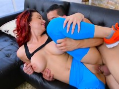 curvy-cougar-brooke-beretta-gets-her-pussy-rammed