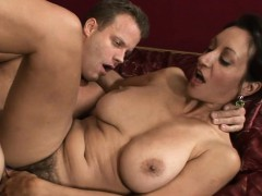sultry-mature-chick-enjoys-each-inch-of-weenie-in-her-snatch