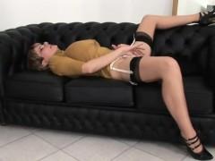 Unfaithful English Mature Lady Sonia Reveals Her Huge Knocke
