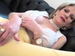 Unfaithful English Milf Lady Sonia Showcases Her Huge Balloo