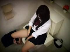 secret-toilet-camera-voyeur-girls-masturbation
