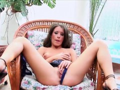 Twistys - The Painted Jezebel - Lora Craft