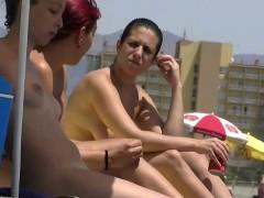 sexy-goddesses-on-the-nude-beach-voyeur-video