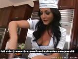 Amateur brunette slut in the kitchen shows how to cook