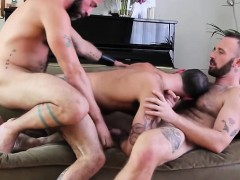 hairy-gay-threesome-and-cumshot